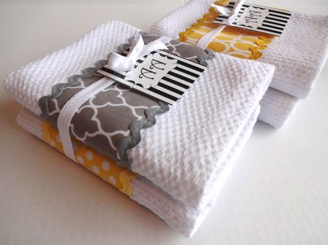 Set Of 4 Yellow And Grey Kitchen Towels
