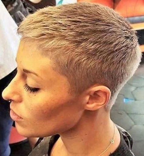 #hairdare #beauty #hairstyles #womenshair #shorthair #pixie #crop #sexy #reallyShorthair