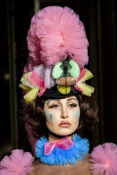 Pam Hogg, Fall 2018 - The Best Hair And Beauty Details At London Fashion Week - Photos