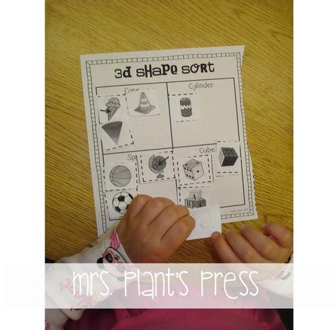 Mrs. Plants Press: 3D Shapes {Freebie}