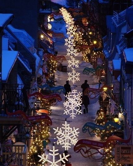 Christmasvibes7 Quebec City Canada Photo By Jeyho Moon Travel Traveling Wanderlust Adventure Christmas Lights Quebec City Canada Christmas Town