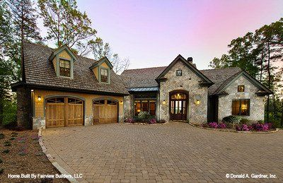 House Plan The Laurelwood By Donald A Gardner Architects Craftsman House Plans Craftsman Style House Plans House Plans