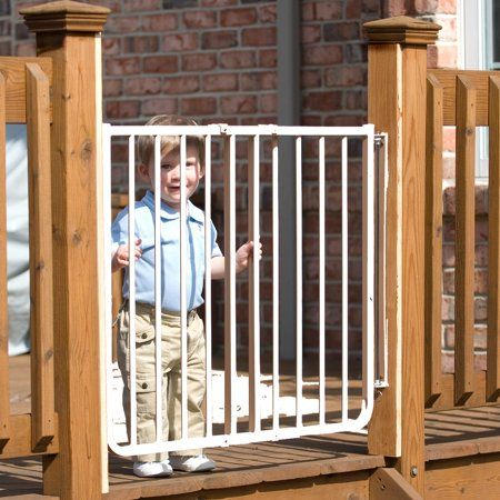 NEW-Ship Free Cardinal Gates Stairway Special Outdoor Pet Gate Black and White