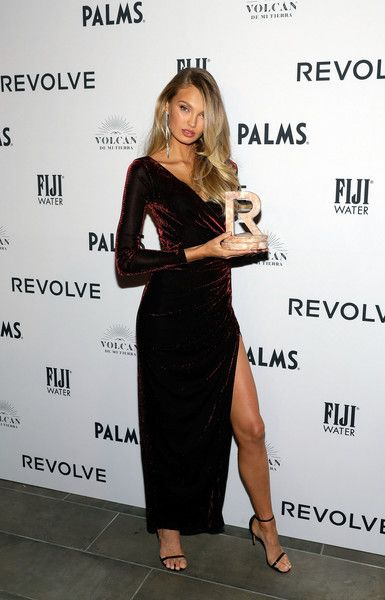 Romee Strijd accepts an award during the 2018 #REVOLVEAWARDS.