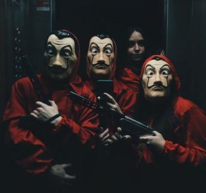 La Casa De Papel With Images Netflix Series Series Tv Series