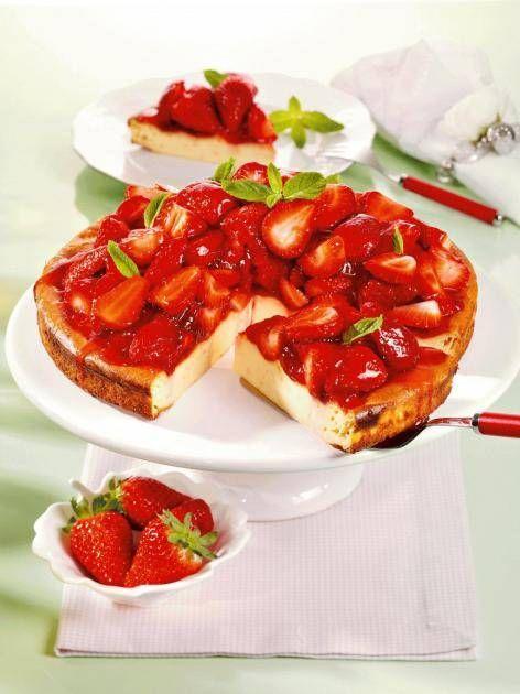 Erdbeer Kasekuchen Ohne Boden Kasekuchen Ohne Boden Erdbeer Kasekuchen Lebensmittel Essen