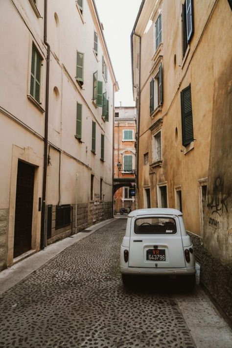 24 Stunden in Verona, Italien in Fotos - Love Italy - Verona Italy, Rome Italy, Puglia Italy, Venice Italy, Places To Travel, Oh The Places You'll Go, Places To Visit, Travel Destinations, Stonehenge