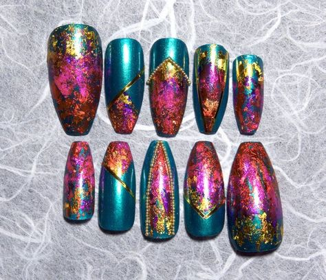 Emerald green set of long coffin nails with jewel tone foiling and gold accents. All sets of press on nails are shaped, buffed, and filed by hand to provide the best fit possible. Choose from nine different shapes to suit your own personal style!  Choose from the following sizes:  Extra Small: 3, 6,