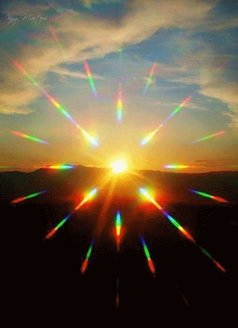 Light Wave Influxes Offer Love And Support, Not Suffering: Message From Archangel Metatron by Jelelle Awen