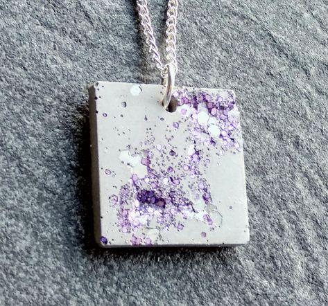 Concrete jewellery // Square concrete pendant with lilac glitter