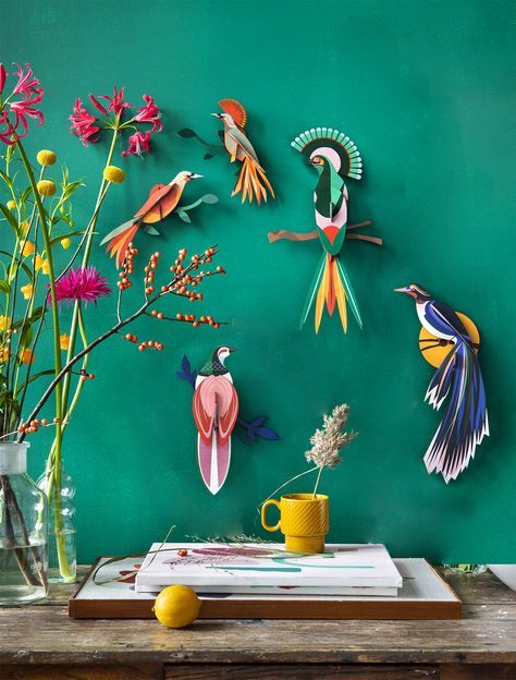 Set of Rani, Gili & Obi Paradise Birds These birds of paradise out of recycled cardboard are special treasures for your home: always colourful and