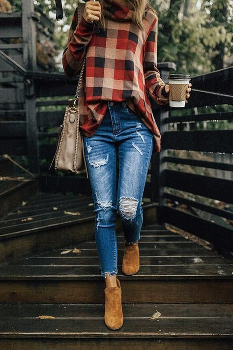 The Naomi Mid Rise Distressed Skinny Trendy Fall Outfits, Cute Casual Outfits, Winter Fashion Outfits, Fall Winter Outfits, Autumn Winter Fashion, Plaid Fall Outfits, Winter Fashion Women, Fall Teacher Outfits, Christmas Outfits For Women