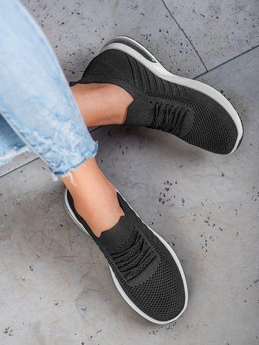 Pohodlne Bile Sportovni Boty Casnaboty Cz In 2020 Slip On Sneaker Vans Classic Slip On Sneakers Nike