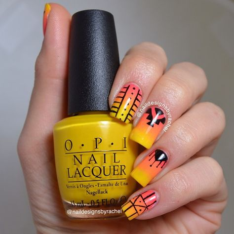 @Naildesignsbyrachel created a summery yellow and orange gradient nail design inspired by @captain8bit!