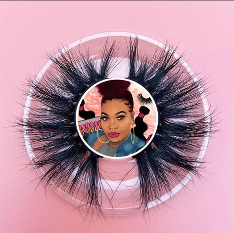 3D handmade 17 MM lashes to make you look and feel beautiful! Lashbabe can be worn over 25 times with proper care!
