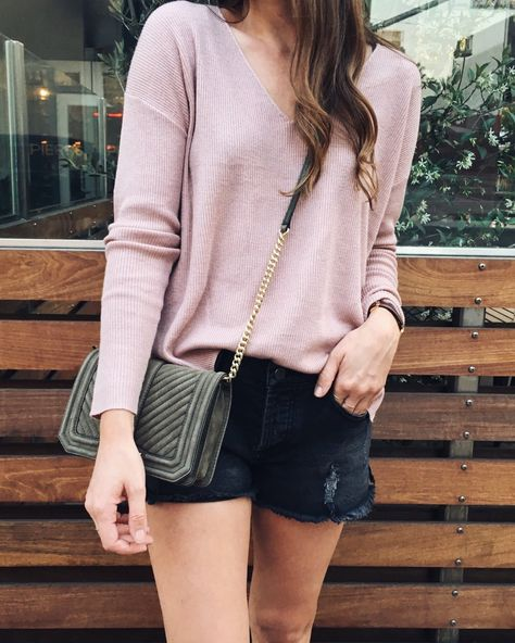 Nordstrom Anniversary Sale favorites, casual style, comfy style inspiration, casual outfit inspiration, outfit inspiration, black cutoff shorts oufit, edgy summer style inspiration