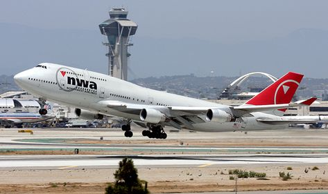 Airlines That Fly Into Long Beach Ca