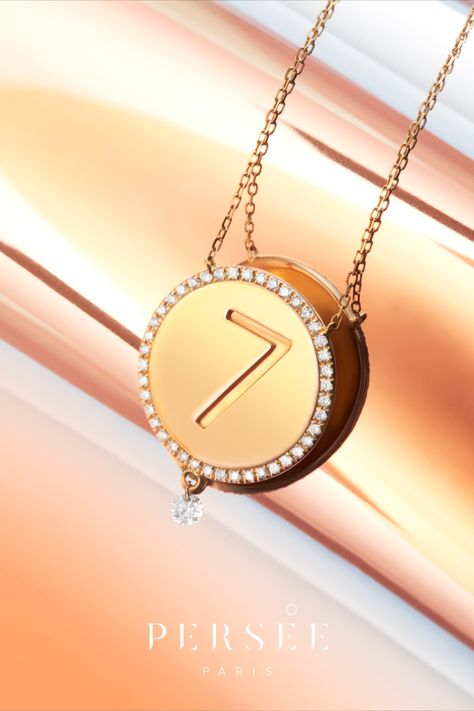 Discover our new collection « One » & the meaning of numerology. From number 1 to 9, explore the single digit numbers in Numerology. This number is determined by your birth date and represents who you are. Enter your birth information on our website to calculate your Life Path Number. #lifepathnumber #goldnecklace #diamondnecklace #numerology