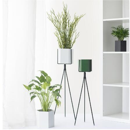 Decorative Indoor Metal Planter With Legs Metal Planters Metal Flower Pots Luxury Vase