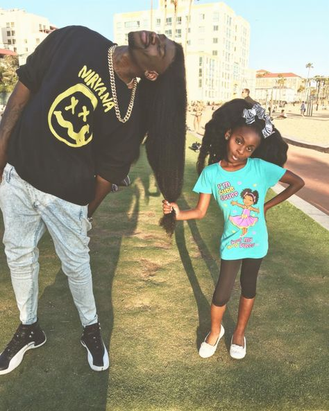 Artistic Father-Daughter Team Go Viral For Loving, Crazy Hair Pics