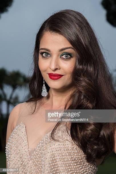 Aishwarya Rai Bachchan Pictures And Photos Getty Images Aishwarya Rai Wedding Pictures Aishwarya Rai Bachchan Aishwarya Rai Photo