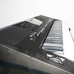 Yamaha Psre463 61 Key Portable Keyboard Black Amazon In Musical Instruments In Portable Keyboard Keyboard Portable