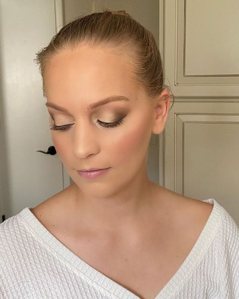 "SmithBeauty on Instagram: ""Bridal shower makeup on this beautiful client 🔥 #bridalshower #njmua #njmakeupartist #njwedding #njbride #njbridetobe #mua #bride #ramseynj…"""