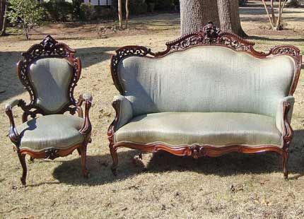 Victorian Carved Sofa And Chair Set Antiquefurnitureforsale Victorian Furniture Decor Victorian Furniture Victorian Chair