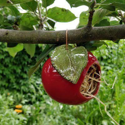 Apple Ceramic Beneficial House Garden Frog Stylish And Useful Garden Ceramics Garden Frog Apple Arti In 2020 Garden Frogs Handmade Ceramics Home And Garden