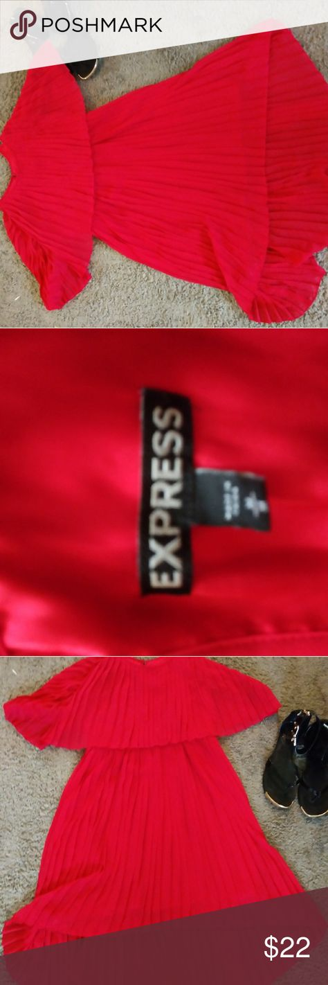 Express dress ❤️ Express dress Pink with spaghetti straps...pictures do not do it's Justice it has an opening in the back as seen in photos size medium made in China. Hi -low beautiful ❤️ Express Dresses High Low
