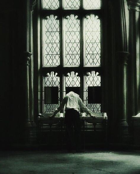 Uploaded by malfoy. Find images and videos about gif, harry potter and draco malfoy on We Heart It - the app to get lost in what you love. Draco Malfoy Aesthetic, Slytherin Aesthetic, Slytherin Pride, Ravenclaw, Luna Lovegood, Tom Felton, Dark Green Aesthetic, Cho Chang, Drarry
