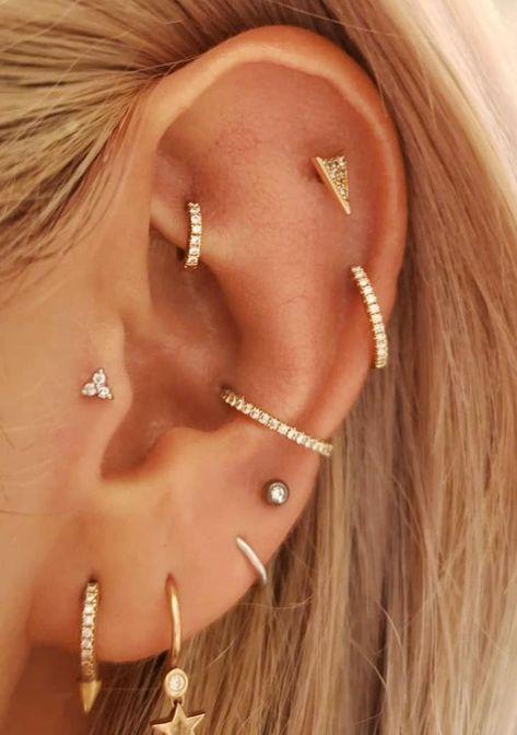 Modetrend Piercing: Wir wollen jetzt Curated Ears Der Modetrend in Sachen Piercing lautet 2019 Curated Ear. Dabei geht es darum, alle Ohrringe und Accessoires aufeinander abzustimmen  Effektive Bilder, die wir über  piercings ideas interesting  anbieten  Ein Qualitätsbild kann Ihnen viele Dinge sagen. Hier sind die schönsten Bilder, die Ihnen in diesem Account präsentiert werden können. Wenn Sie sich das Dashboard ansehen, sind die Bilder, die Sie sehen, die beliebtesten und die höchste Anzahl