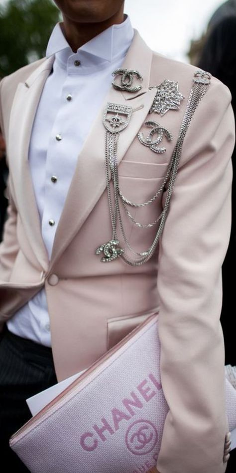 They Are Wearing: Paris Couture Week - Chanel Paris - Ideas of Chanel Paris - Street style at Paris Couture Week [Photo: Kuba Dabrowski]