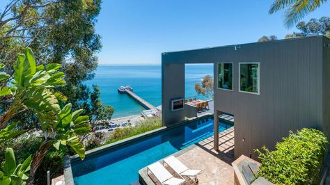Hot Property Matthew Perry Lists Pier House For Sale In Malibu