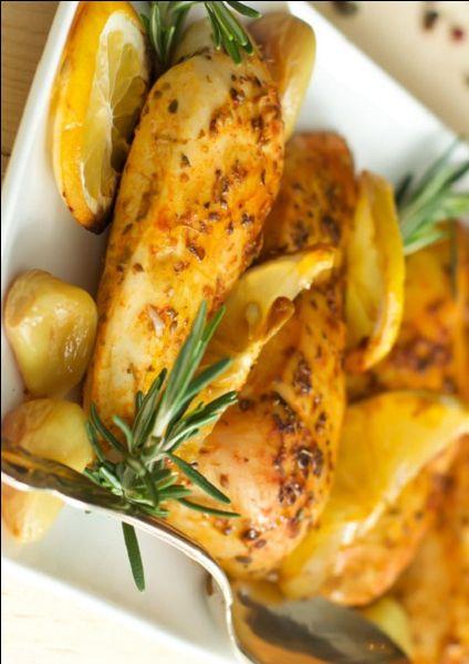 طريقة عمل دجاج بالثوم والليمون بالفرن طريقة Recipe Cooking Recipes Cooking Broccoli Fritters