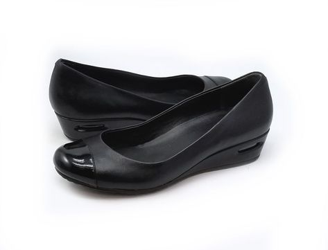 d6d1bbe4f45 Cole Haan Air Bria Womens Black Leather Patent Cap Toe Wedge Pumps Size 7.5  M  ColeHaan  AirBriaCapToePumps