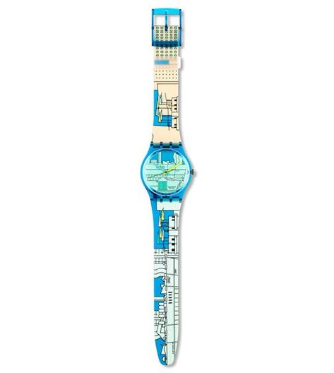 Swiss made, the Swatch watch METROSCAPE features a not defined movement, a plastic folio strap and a plastic watch head. Discover more Originals Gent on the Swatch Canada website.