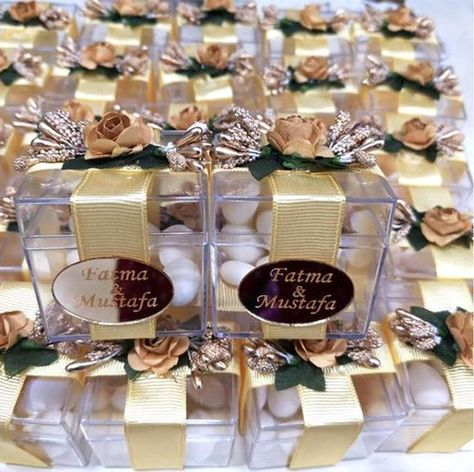 Wedding Party Favors For Guests in Bulk Wedding Party Favors