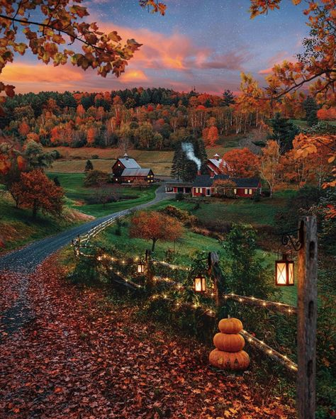ZFSDD Diamond Painting Mosaic Diamond Embroidery Scenery Kit Scenic Village Rhinestone Home Decor Round Diamond Autumn Scenes, Autumn Cozy, Autumn Fall, Autumn Leaves, Autumn House, Autumn Nature, Autumn Forest, Nature Nature, Autumn Photography