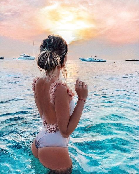 An underwater world 🐠🐟 @atlantisthepalm . . . . . . #vaca #beachbody #beachlifestyle #island #islandholiday #starfish #seastar #travelgram…