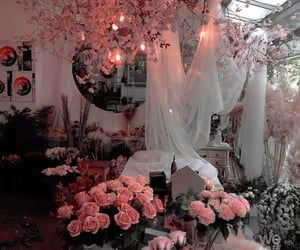60 Images About Aesthetic On We Heart It See More About Asthetic Wallpaper And Pink We Heart It Wallpaper Table Decorations