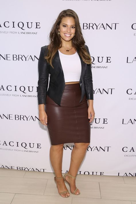 Ashley Graham Photos - Model Ashley Graham attends the Lane Bryant launch of the campaign at Times Square on September 2015 in New York City.