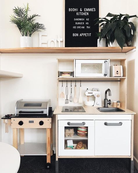 Marie Kondo, bestselling author of The Life-Changing Magic of Tidying Up and Spark Joy, has developed a foolproof organization technique called the KonMari Kitchen Set Up, Mini Kitchen, Ikea Play Kitchen, Compact Kitchen, Kitchen Small, Playroom Design, Playroom Decor, Bedroom Decor, Konmari