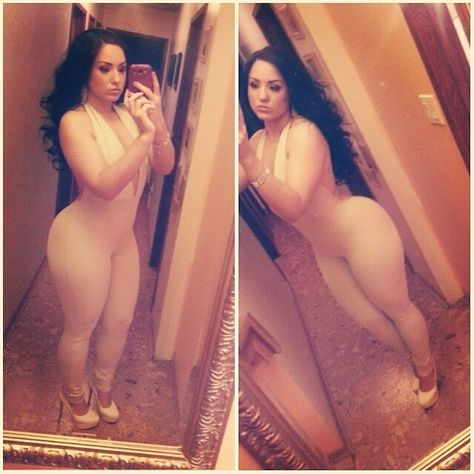 How I would love to make love to this girl....