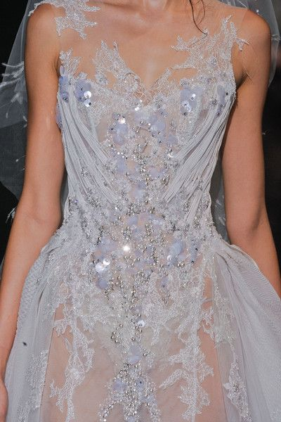 View all the detailed photos of the Basil Soda haute couture autumn 2012 showing at Paris fashion week. Couture Details, Fashion Details, Love Fashion, Fashion Design, Basil Soda, Couture Fashion, Runway Fashion, Mode Inspiration, Beautiful Gowns
