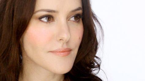 Lisa Eldridge - Natural, fresh, and polished complete make-up