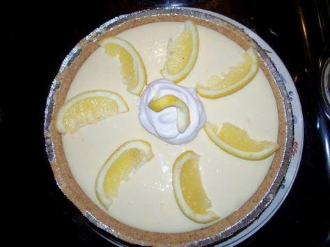 Easy Peasy Lemon Icebox Pie - Thanksgiving dessert ideas Craftster.org