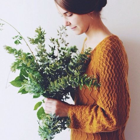 Comfy knits and fresh foliage // abbie_melle // Instagram.