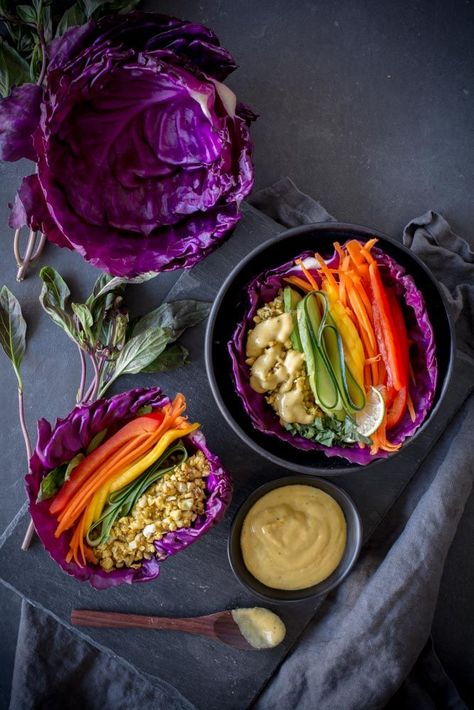 Raw cashew mango cabbage wraps are filled with curry spiced cashews layered with colorful veggies topped with a mango tahini sauce with a kick from cayenne pepper Eating raw tastes and feels so good. A rainbow of colors with bright flavors Raw Vegan Recipes, Healthy Dinner Recipes, Whole Food Recipes, Healthy Meals, Vegetarian Recipes, Paleo, Healthy Eating, Cooking Recipes, Raw Vegan Dinners
