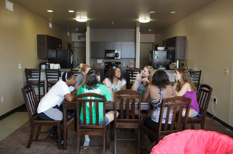 The PODS are a great option for sophomore housing at #Alvernia! Included in these fully furnished apartments are upscale furniture, a dining/living room, bathroom, and full kitchens with a stove, sink, and microwave. #residencehalls